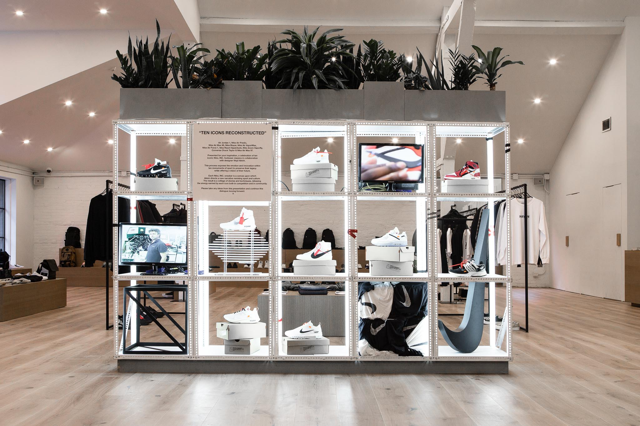Display Off-White de Virgil Abloh
