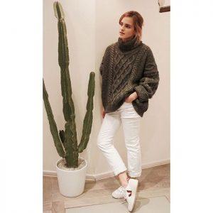 Emma Watson portant des Veja