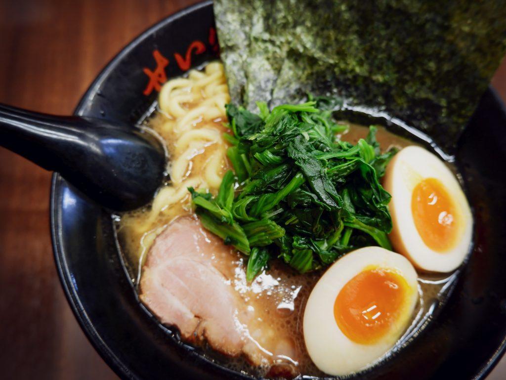 Soupes miso, ramens, soupes phô ... Les soupes asiatiques ont du succès